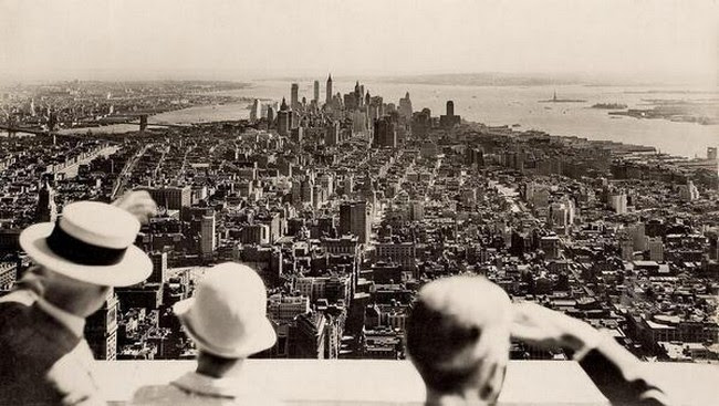 A new vantage point was introduced to New York on the opening day of the Empire State Building, 1931.