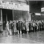 People queued for Al Capone's free coffee in Chicago, 1931.